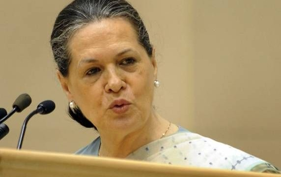 Will resolve Adarsh issue soon: Sonia Gandhi
