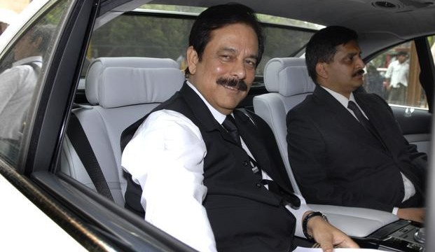 Apex court issues contempt notice to Subrata Roy