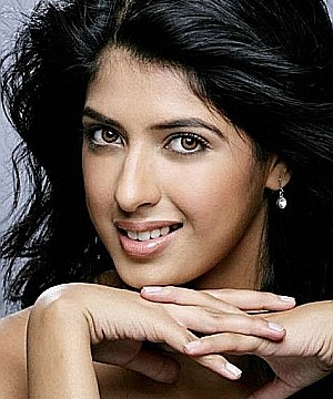 The model-turned-actress Aishwarya Sakhuja : 'Main Naa Bhoolungi'