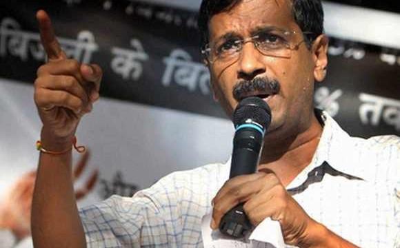 Delhi CM Arvind Kejriwal to sit on dharna if cops not suspended