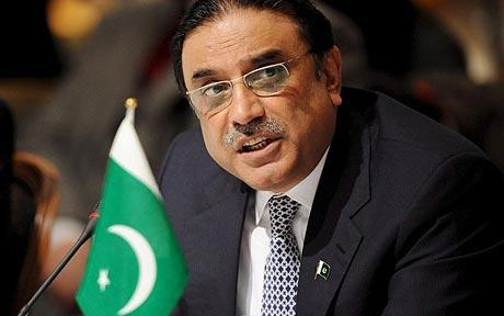 Pakistan's former president Asif Ali Zardari appears in court in connection with a graft case