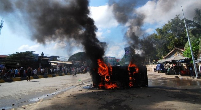Cambodia garment workers injured in clashes with police