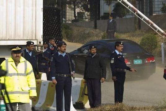 Former military ruler Pervez Musharraf hearing to begin amid high security