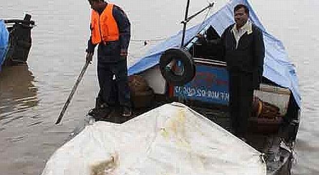 tourist_boat_capsized_andaman_sea