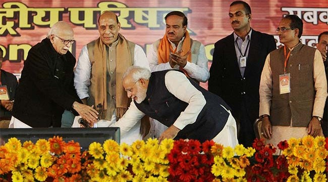 narendra_modi_l_k_advani