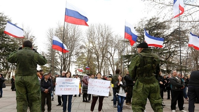 Pro-Russian-supporters--Ukraine-jpg