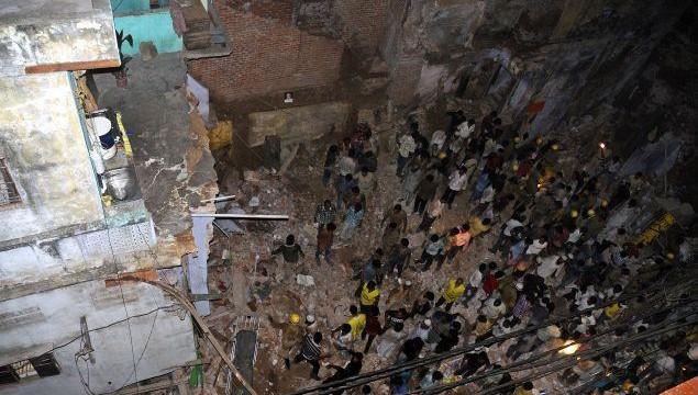 building_collapses_delhi