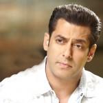 Salman Khan's new 'Bigg Boss 8' promo is out and he says sabki 'Bajaa Doonga'