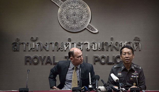 Thai-Police-Wither_3044039b
