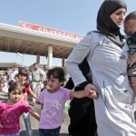 1,30,000 Syrian refugees reach Turkey fleeing IS