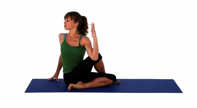 seated-spinal-twist_-_step_2.max.v1