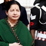 Tamil Nadu CM lands in Bangalore to greet Jayalalithaa