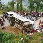 Nepal bus crash kills 14