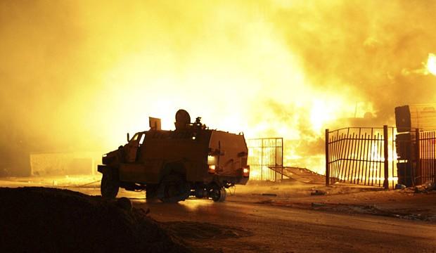libya-tripoli-fire_3015838b