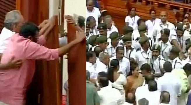 Keralal-assembly-ruckus