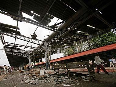 Mumbai_blasts_Reuters3